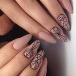 вадебный дизайн ногтей геометрия